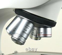 Leica DM 500 Microscope with Built-in LED Illumination & 4 Plan Objective Lenses