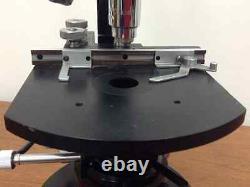 Microscope Composé Carl Zeiss Avec Quatre Lentilles Objectives