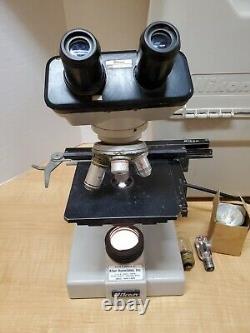 Nikon Modèle Sc Microscope Binoculaire Avec 4x 10x 40x 100x Objectifs